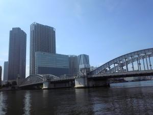 隅田川に架かる勝鬨橋。2007年には国の重要文化財に指定された